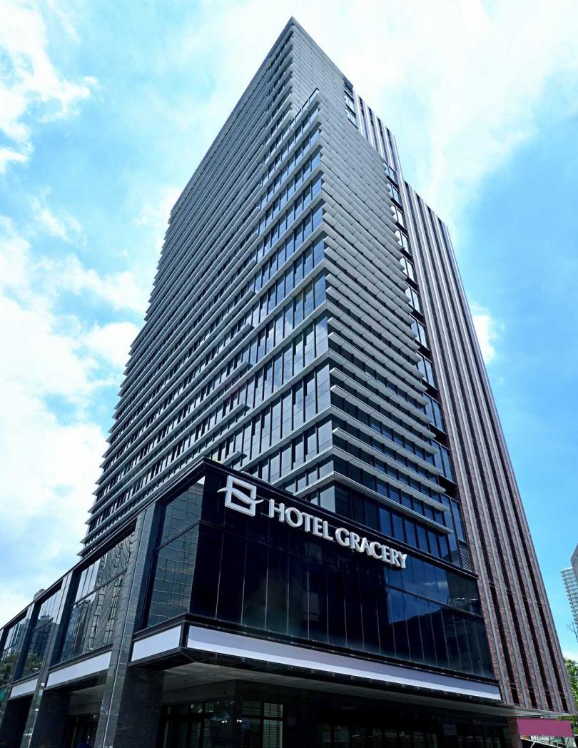 「格拉斯麗台北飯店 Hotel Gracery Taipei」地點位於捷運忠孝新生站旁。